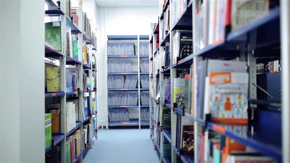 FKPV objavlja razpis za prosto delovno mesto »Bibliotekar – knjižničar«