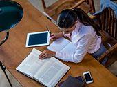 Pomoč pri iskanju literature tudi v času počitnic