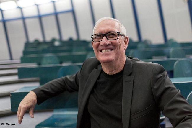 Vabljeno predavanje: Globalno podjetništvo, inovativnost in sodelovanje s kanadske perspektive – prof. dr. Laurence Hewick